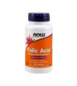 White container with blue cap and orange label of Now Folic Acid 800 mcg with Vitamin B-12 B-Complex vitamin contains 250 tablets