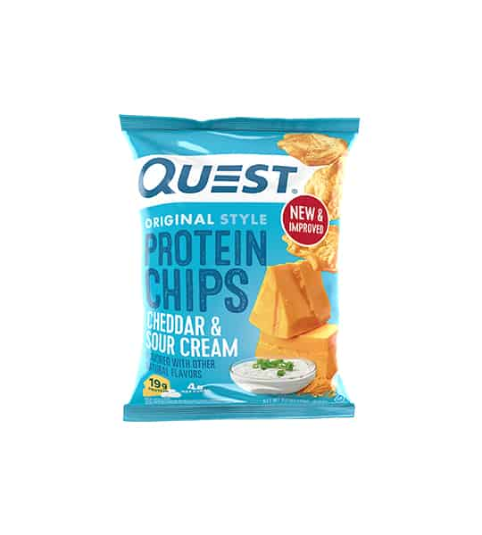 Blue bag of Quest Original Style Protein Chips with Cheddar & Sour Cream flavour showing cheese and chips in the package