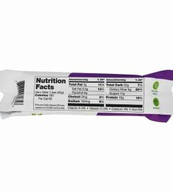 Nutrition facts side of Vega Snack Bar with Blueberry Oat flavour